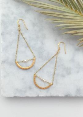 Irispearl earrings