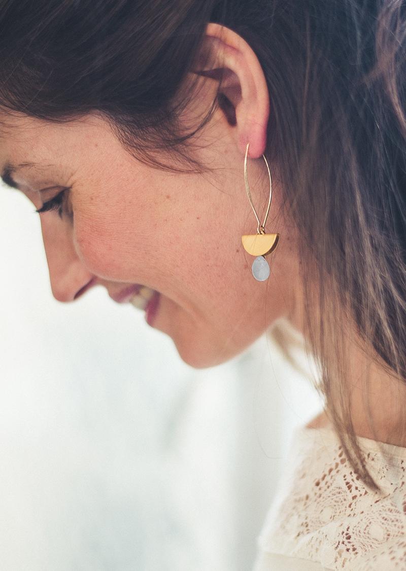 Boucles d'oreilles Leanor grises