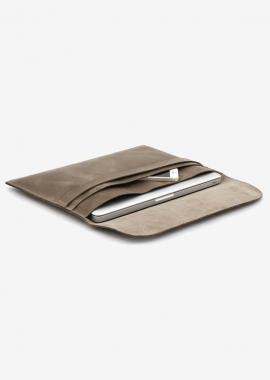 César - housse pour ordinateur portable en nubuck marron, tannage végétal