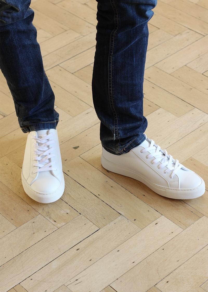 White men vegan leather sneakers