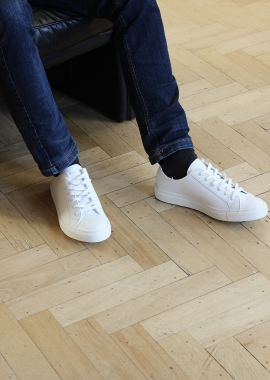White men vegan leather sneakers