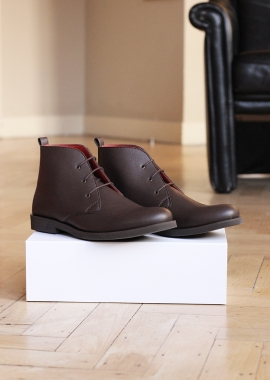 Brown men vegan leather boots
