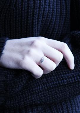 New moon ring