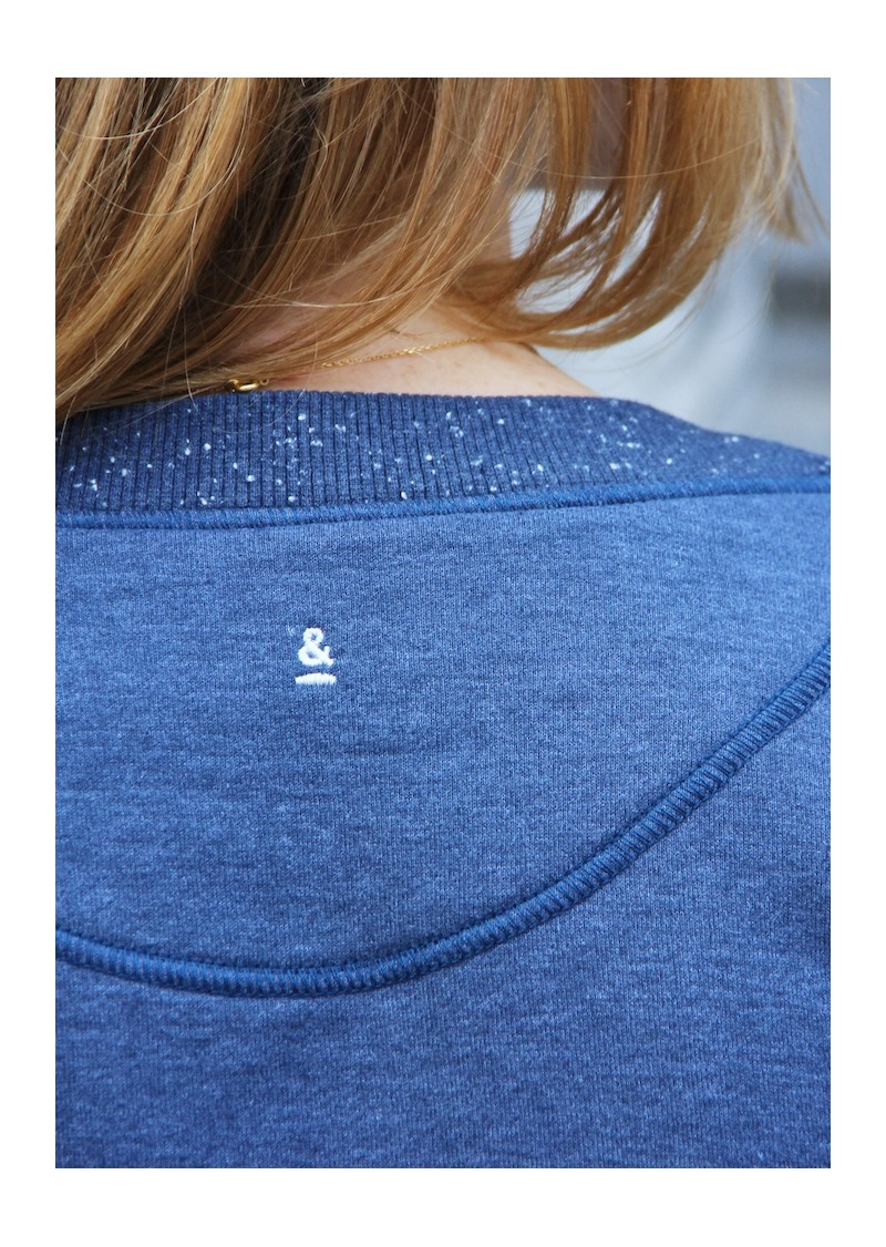 Blue organic cotton and recycled polyester sweater